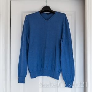 Men's J. Crew Blue V-neck Sweater size S